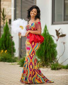 Kente dress - 40 Gorgeous Wedding Dress Styles For Your African Traditional Wedding – Kente dress African Fashion Ankara, African Inspired Fashion, Latest African Fashion Dresses, African Dresses For Women, African Print Dresses, African Print Fashion, Africa Fashion, African Wedding Attire, African Attire