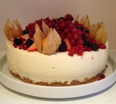 ostekake Allrecipes, Cheesecake, Food And Drink, Desserts, Cakes, Tailgate Desserts, Deserts, Cake Makers, Cheesecakes
