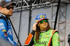Ricky Stenhouse Jr and Danica Patrick prior to Driver Intros, Ford EcoBoost 400, Homestead-Miami, 11/22/15.