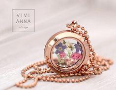 """Ketten kurz - """"Frühlings Gefühle"""" in Rosé Gold Meda... - ein Designerstück von Viviannaschmuck bei DaWanda"""