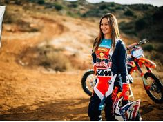 Motocross Girls, Motorcycle Girls, Lady Biker, Biker Girl, Sand Rail, Dirt Bike Girl, Dirtbikes, Car Girls, Sport Bikes