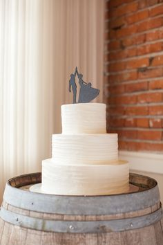 Clic White Wedding Cake With High Fiving Topper Bridal Bliss