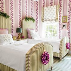 Cozy Christmas Decorating Ideas for your Kids Bedroom Austin Texas, Austin Homes, Girls Bedroom, Bedroom Decor, Bedroom Ideas, Christmas Bedding, Happy House, Bedroom Green, Little Girl Rooms