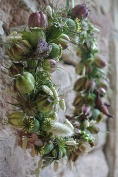 Dried flowers and seed pods Wreaths And Garlands, Fall Wreaths, Door Wreaths, Christmas Wreaths, Deco Floral, How To Make Wreaths, Dried Flowers, Flower Decorations, Floral Arrangements