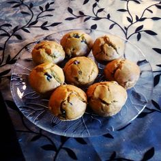Νηστίσιμα ελιοψωμακια muffins! Muffin, Breakfast, Recipes, Food, Food Food, Morning Coffee, Essen, Muffins, Eten