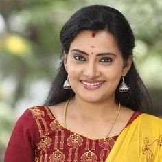 Sun Tv Serial, Profile Dp, Indian Language, Be Still, Sari, Actresses, Telugu, Movies, Beauty