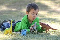picture idea. Boy with Dinosaur #dinosaurpics picture idea. Boy with Dinosaur