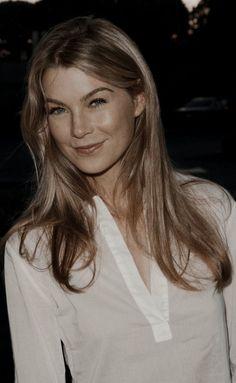 #ellenpompeo Caterina Scorsone, Grey Anatomy Quotes, Greys Anatomy, Julianne Moore, George Clooney, Meredith Grey Hair, Merideth Grey, Pretty People, Beautiful People