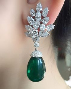 Apparently emeralds are at the forefront on the red carpet of the Film Festival in Cannes this season. So if you want to be fashion forward, it is not too late to browse our next Hong Kong Magnificent Jewels sale coming up on May 30th. Lot 2006 with a presale estimate of $ 100,000 - 150,000 #christiesjewels #jewellery #magnificentjewels #auction #jewels #diamond #saleday #christies #christieshongkong #30MAY2017 #emerald #earrings