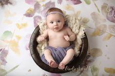 Photographing Babies, Studio Portraits, Baby Month By Month, Photography, Photograph, Professional Headshots, Fotografie, Photoshoot, Fotografia