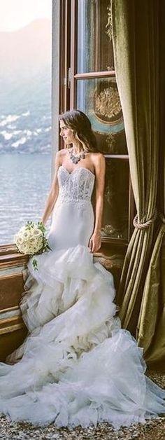 Parisian Wedding, Tuscan Wedding, Seaside Wedding, Wedding Styles, Wedding Photos, Villa, Lake Como, Beautiful Gowns, Beautiful Bride