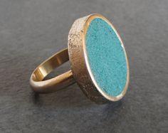 Grote bronzen en smaragd groen beton instructie ring / / 7.5 / concrete ring size / cocktail ring / beton sieraden / moderne ring