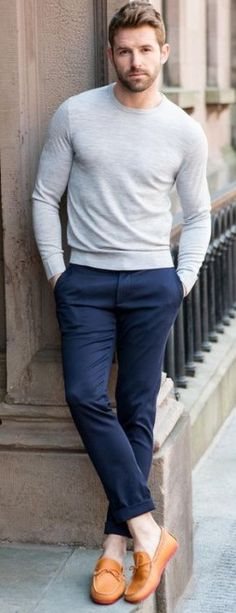 Pay attention men, this is how you wear jumpers in summer. Menswear style inspiration.