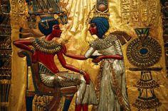 renaissance-lady:    Decorated Throne of Tutankhamen