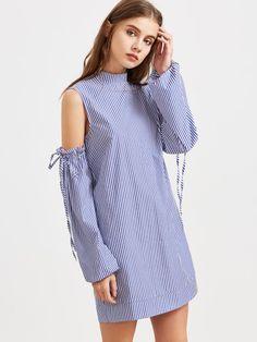 Vestido de rayas hombro abierto de manga con volantes y cordón - azul
