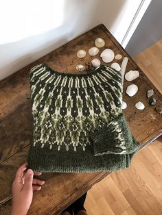 Tusseladdgenser pattern by Linka Karoline Neumann, . Tusseladdgenser pattern by Linka Karoline Neumann, Always wanted to d. Fair Isle Knitting Patterns, Knitting Designs, Knitting Stitches, Knit Patterns, Knitting Projects, Hand Knitting, Icelandic Sweaters, How To Purl Knit, Pulls