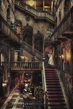Hotel Danieli in Venice, Italy – made up of three beautiful Venetian palazzi. Lovely place for a wedding! Hotel Danieli in Venice, Italy – made up of three beautiful Venetian palazzi. Lovely place for a wedding! Abandoned Mansions, Abandoned Houses, Abandoned Places, Old Houses, Abandoned Castles, Haunted Hotel, Haunted Places, Real Haunted Houses, Beautiful Architecture