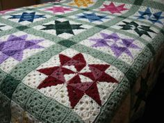 Apparently I haven't had enough of granny squares, because this doesn't scare me that much... Making a quilt? Who needs sewing when you have crochet?