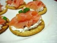 Fresh Smoked Salmon & Cream Cheese - Feast of the 7 Fishes - Fish 2 Vegetable Appetizers, Yummy Appetizers, Appetizer Recipes, Smoked Salmon Platter, Smoked Salmon Appetizer, Salsa, Horseradish Sauce, Beer Cheese, Holiday Dinner