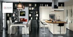 Cucina in legno L'Ottocento. Il massimo dell'eleganza.  Vieni a scoprirla questa cucina da sogno!