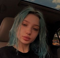 You can change the color to your hair ? Dye My Hair, Your Hair, Hair Inspo, Hair Inspiration, Peinados Pin Up, Aesthetic Hair, Grunge Hair, Pretty Hairstyles, Pretty Face
