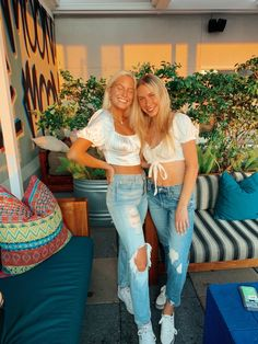 Cute Preppy Outfits, Trendy Summer Outfits, Girl Outfits, Best Friend Outfits, Bestfriends, Besties, Summer Pics, Squad, Pose