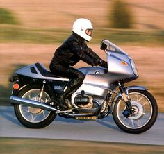 http://www.saint.org/images/bmw-r100rs/bmw-r100rs-motion-400.jpg