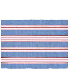 BLUEBERRY Tischset Streifen    Man nehme vier Farben und ausgesucht schöne Streifen - die appetitliche Kombination aus Blau, Rosa, Weiß und Rot macht das Blueberry-Tischset zum optischen Genuss. Auch als Rasberry-Tischset erhältlich.    Größe: Länge 33 x Breite 46 cm  Material: Baumwolle...