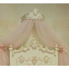 Princess Bed Crown can make your little girl's room or nursery so romantic.