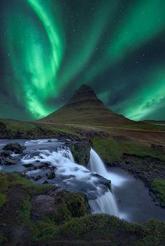 Kirkjufell - Snæfellsnes - Iceland by Carlos Resende