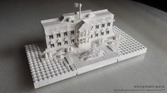 Imagine the White House… in winter. ianying616created just that in his micro model. The all white and clear build focuses on texture and detail to create a visually stunning rendition of the…