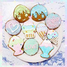 "angiemomomo: ""Merry Christmas everyone!🎄☃️ I did up a blog entry to share with everyone my humble little sugar cookies recipe~ #icingcookies #makoharu http://angiemomomo.blogspot.com """