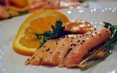 Gusto e leggerezza nello stesso piatto? E' possibile! Provate questa deliziosa ricetta per dimagrire del salmone agli agrumi, e resterete snelli ed in forma! Facile da preparare, leggero nelle calorie e delizioso per il palato. Cosa volete di più? Il piatto perfetto per mangiare senza ingrassare esiste! Ecco la ricetta per preparare il salmone in salsa … Continued