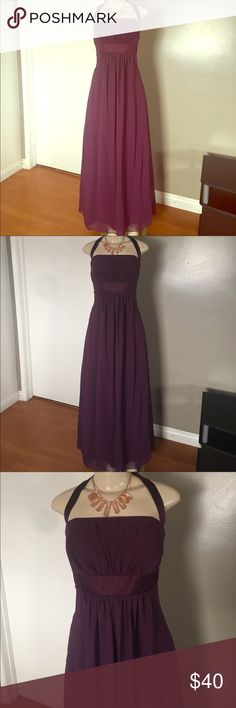 Alfred Angelo Party/Cocktail Dress Dress is in Excellent condition. Size 14. Lined. Bonded and molded cups to keep its shape. Adjustable Halter neck. Flattering babydoll style. Alfred Angelo brand. Measurements: 19.5 inches chest, 17.5 inches waist, total length 59 inches. Alfred Angelo Dresses Wedding