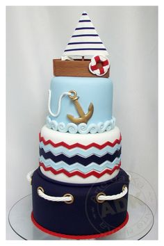 in love with this nautical cake!  |  by Arte da Ka