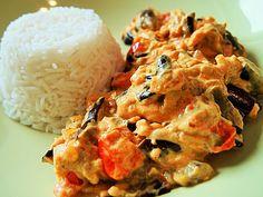 Auberginen-Curry mit Joghurtsauce