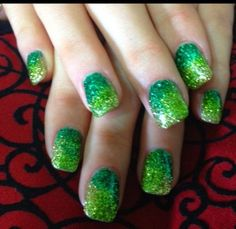 New Makeup Ideas Green Sparkle 19 Ideas Shellac Designs, Cool Nail Designs, Manicure Colors, Fall Nail Colors, Trendy Nail Art, New Nail Art, Shellac Nails, Manicures, Nail Nail