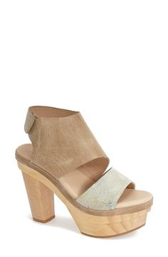 dce41be9cf1 Free shipping and returns on Koolaburra  Winona  Platform Sandal (Women) at  Nordstrom