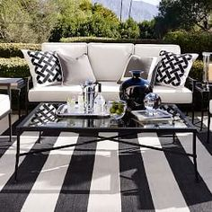 Outdoor Patio Furniture & Outdoor Lounge Furniture | Williams-Sonoma