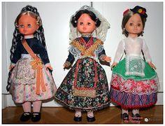 En este post os voy a enseñar mis tres sintras regionales. De izquierda a derecha: Valenciana (creo, por que tambien se parece a la pubilla ... Regional, Nancy Doll, Barbie, Disney Princess, Disney Characters, Aurora, Folk, World, Baby Doll Clothes