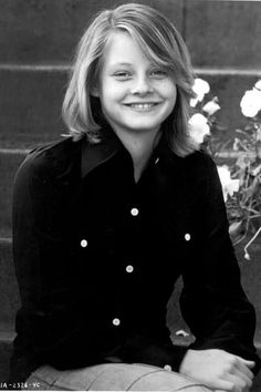 Most beautiful face of past and present list Hollywood Stars, Hollywood Actor, Hollywood Actresses, Actors & Actresses, Celebrities Then And Now, Young Celebrities, Celebs, Jodie Foster, Movies