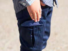 Pantalon JEAN patron garçon et bébé Madame Maman Madame, Little Boys, Jeans, Polo, Fashion, Children, Moda, Polos, Fashion Styles