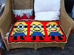 Brilliant minions blanket.