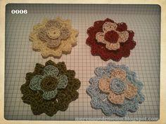 nuevo modelo de flores, para broche de ropa o pelo, hechas en crochet a dos colores