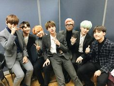 BTS_Bighit Trans : [ Bangtan] The World K-pop Star Award that ARMY from all over the world made We attribute the honor/glory to our ARMYs Namjoon, Seokjin, Taehyung, Jung Hoseok, Beatles, Bts Pictures, Photos, Dramas, Hip Hop