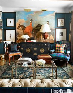 Houzz Tour: Personal and Plaid When it comes to interior design, Scot Meacham Wood wears his heart on his tartan sash Classic Decor, Classic Style, Room Wall Colors, Wall Colours, Dark Colors, Rich Colors, Equestrian Decor, Chinoiserie Chic, Of Wallpaper