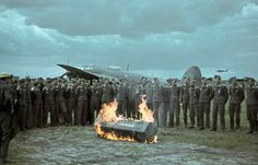 "gruene-teufel: ""A funeral for an airman of the German Luftwaffe during WWII "" German Soldier, German Army, Luftwaffe, Battle Of Stalingrad, Historia Universal, Aircraft Photos, Ww2 Aircraft, Chrysler Building, Tanks"