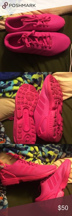 Barley worn adidas sneakers Hot pick men's 9.5 sneakers women's size 11 Adidas Shoes Sneakers