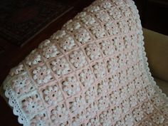 Crochet Shawl Blanket Granny Squares Ideas For 2019 Crochet Heart Blanket, Bobble Crochet, Crochet Stitches For Blankets, Manta Crochet, Crochet Bebe, Love Crochet, Knitted Blankets, Crochet Shawl, Beanie Pattern Free