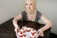 Viera´s Kitchen: White Chocolate Macadamia Raspberry Cupcakes von R...
